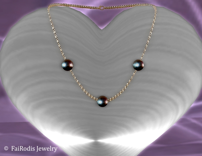 FaiRodis Pearl Dreams necklace black pearls GROUP_GIFT