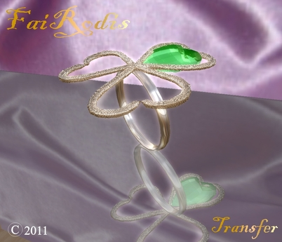 FaiRodis Shamrock ring