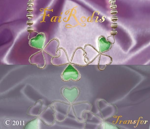 FaiRodis Shamrock necklace